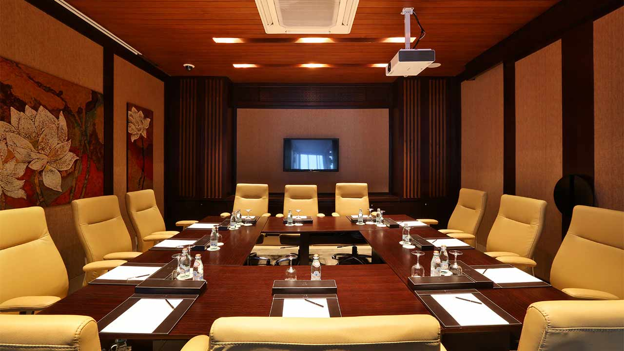 convention-and-mice-Banyan-Tree-boardroom-1