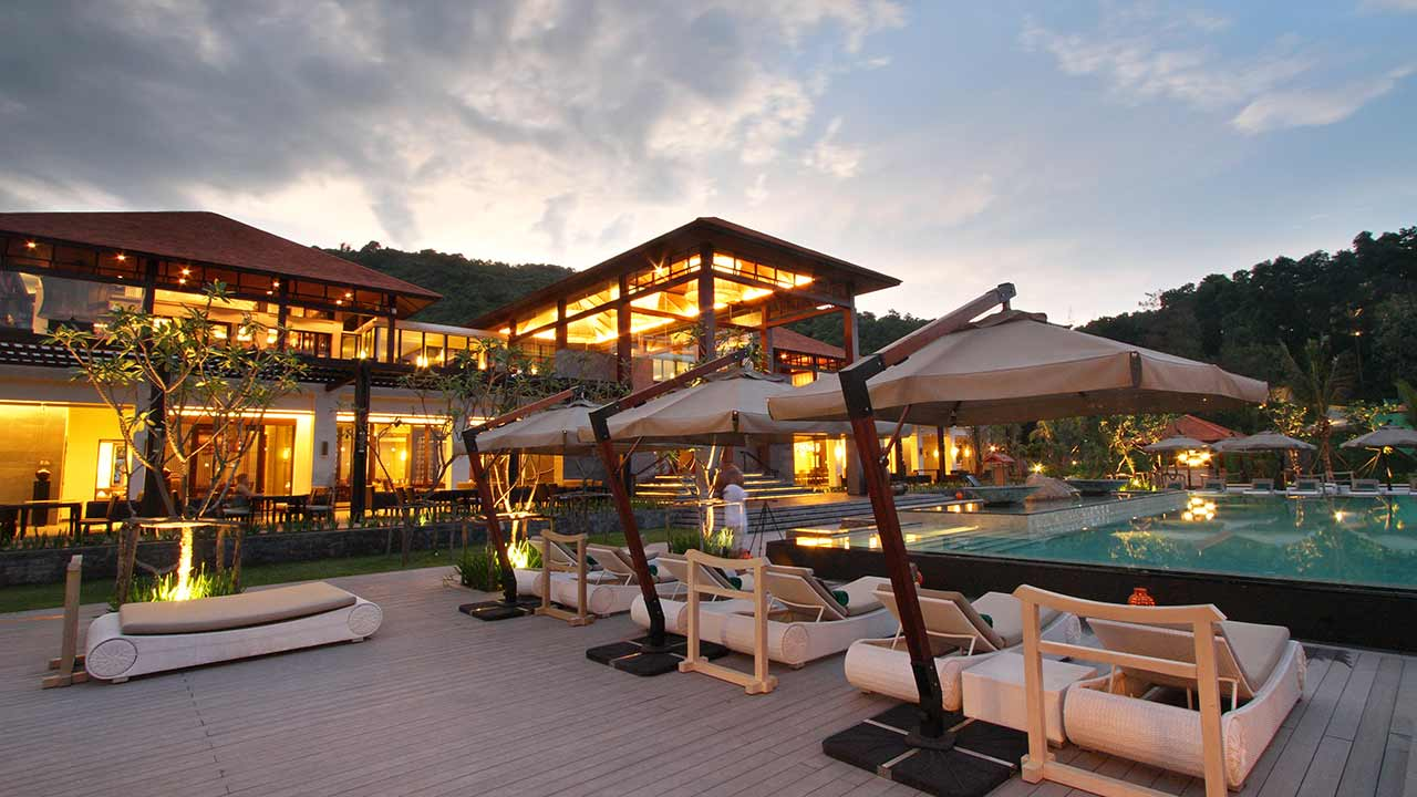Lang Co Beach Resort Booking Com