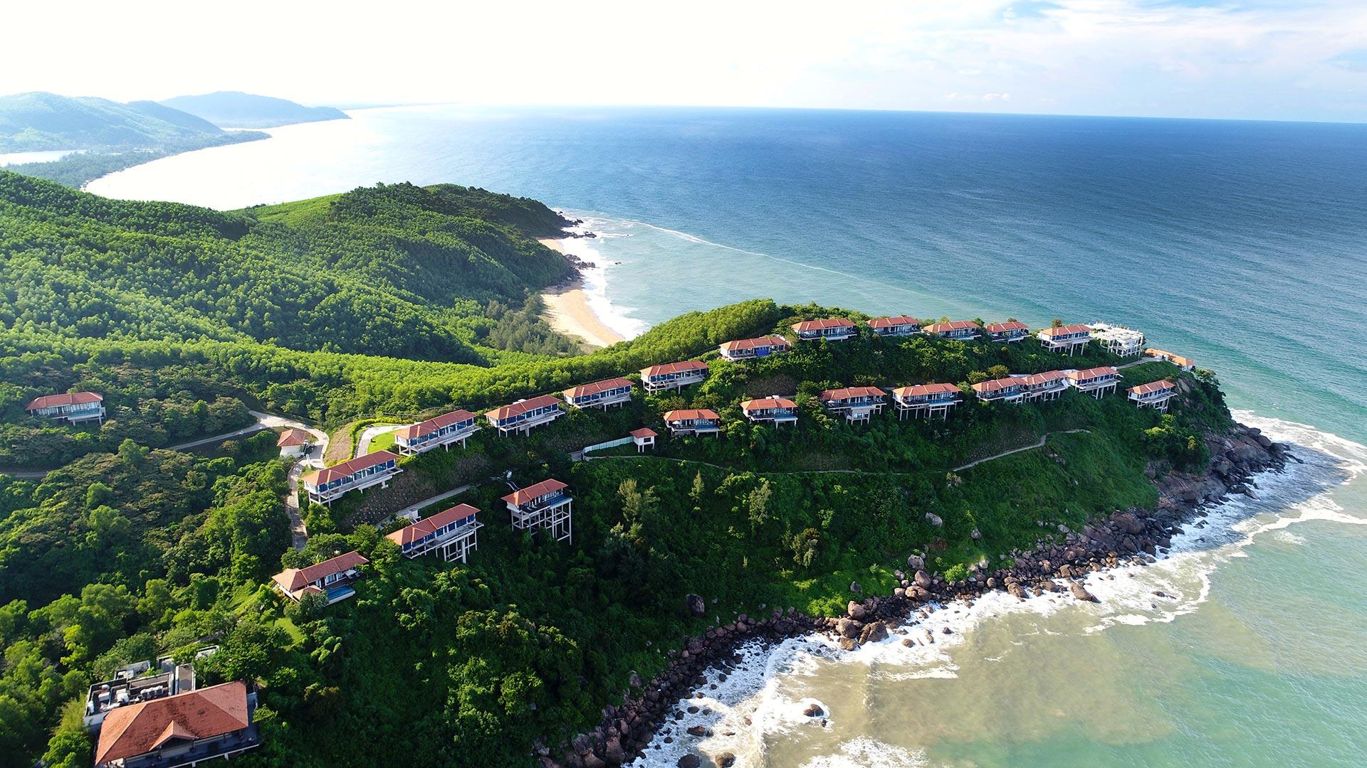 Banyan Tree Lăng Cô Hill Villas - 'The 50 best resorts in the world 2017'
