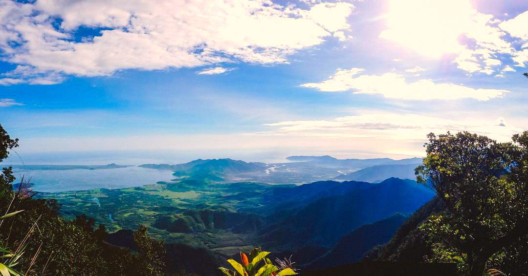 Nhìn toàn cảnh từ Hải Vọng Đài - Bạch Mã