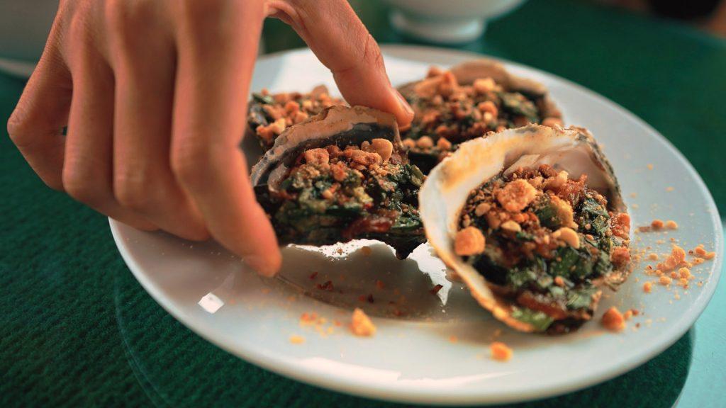 Món ăn hải sản trên đầm Lập An