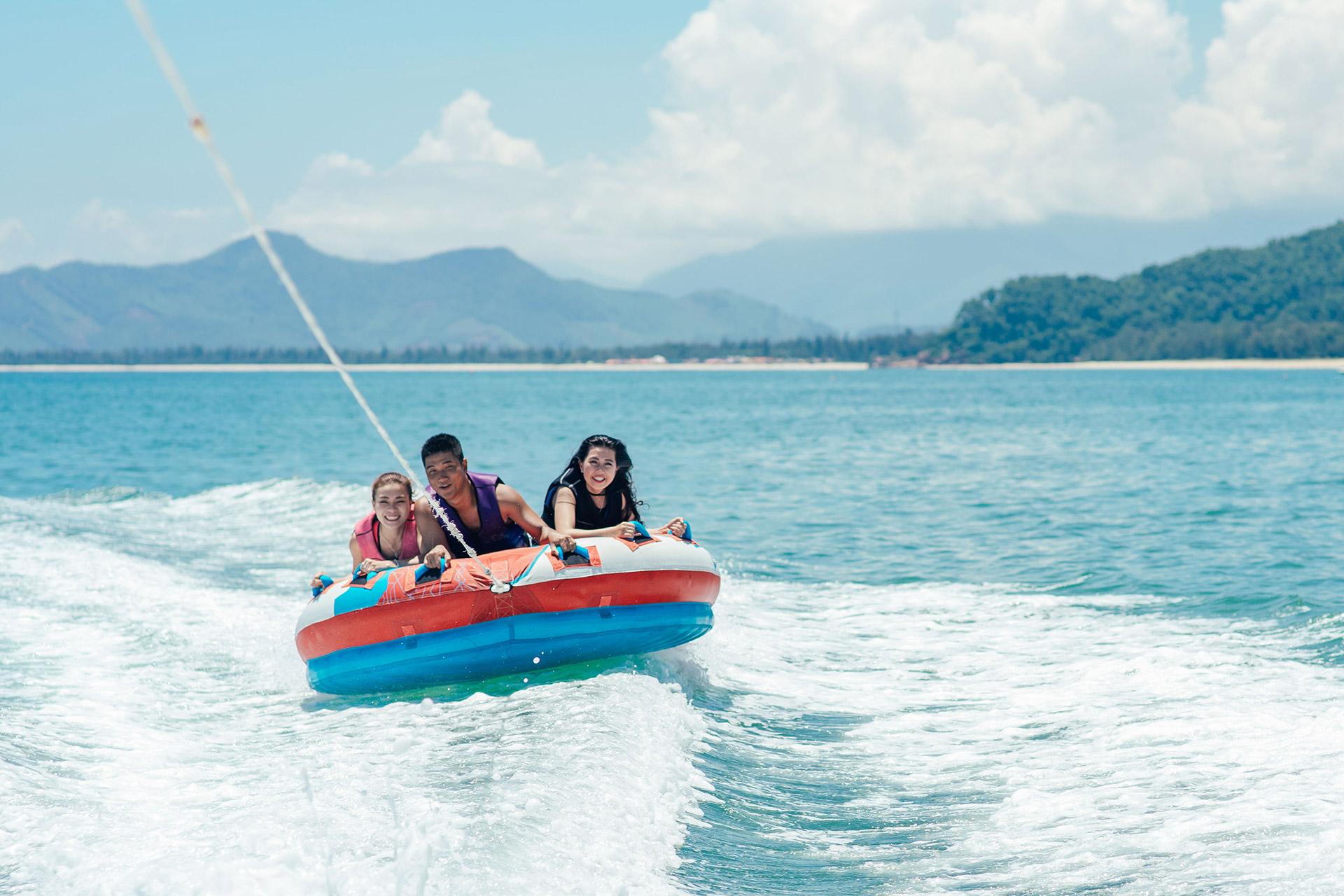 Laguna Park Townhouses - Water sport Activities