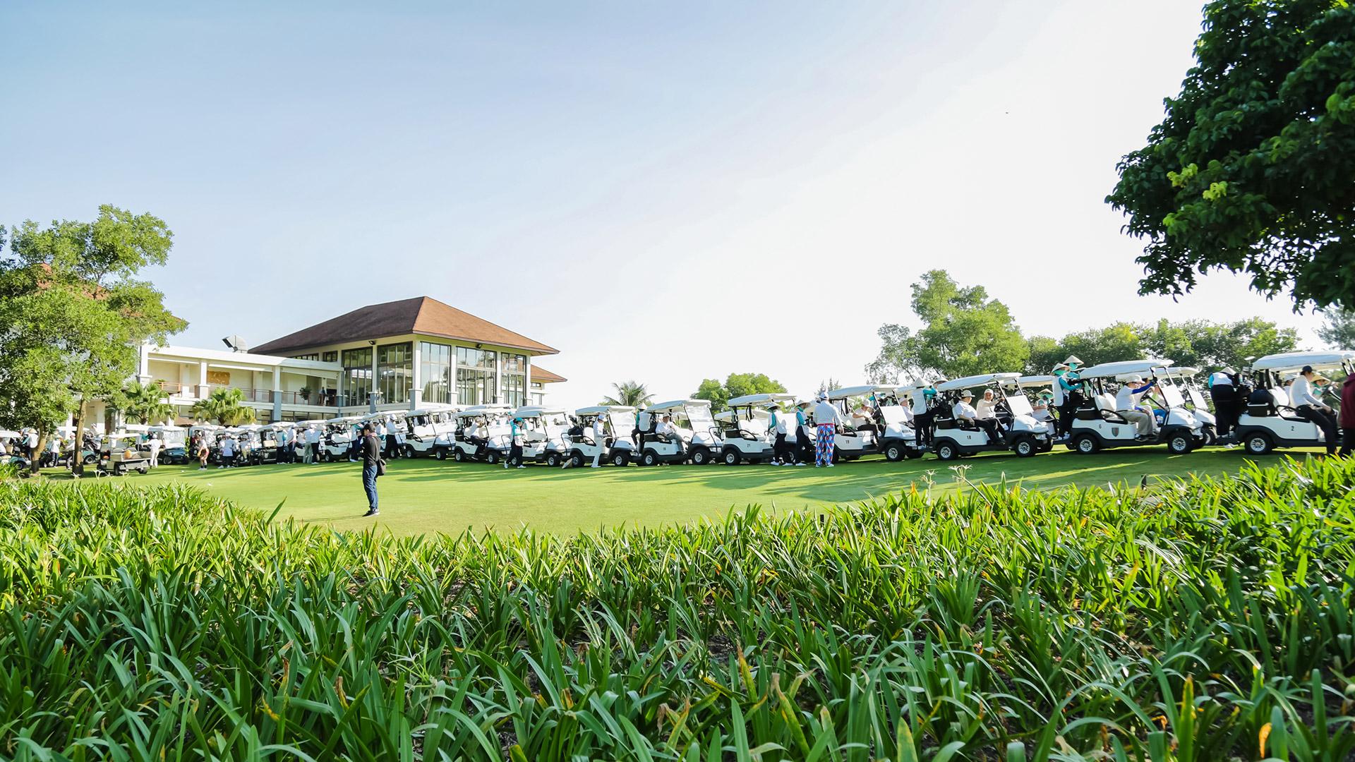 Giải golf từ thiện Swing for the Heart 2018 diễn ra trong 2 ngày 6-7/9/2018 tại sân Laguna Golf Lăng Cô