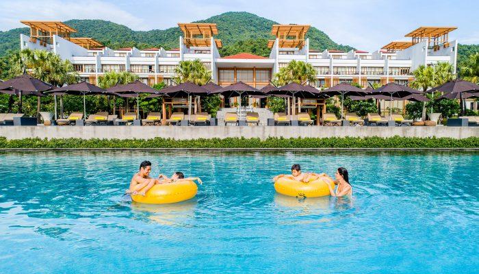 Angsana Lang Co Main Swimming Pool
